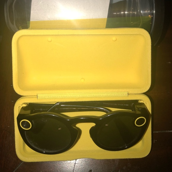 Snapchat spectacles charger cord